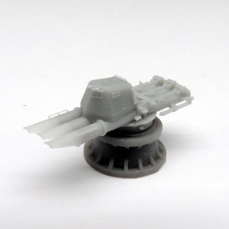 Tubes lance-torpilles de 533mm triples avec abri (x2)