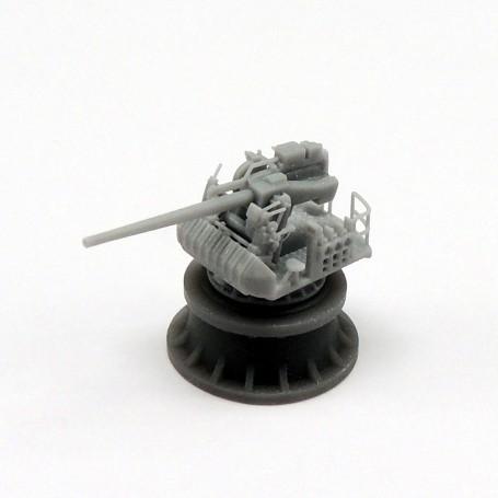 5in./38 Mk.30 gun on open platform (x4)